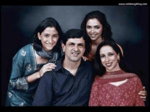 Deepika Padukone Family | celebanything.com