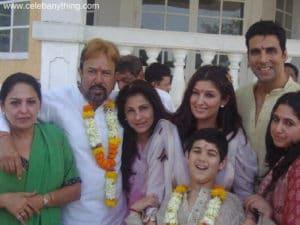 Twinkle Khanna Family   celebanything.com