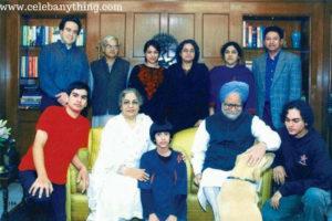 Manmohan Singh Family | Celebanything.com