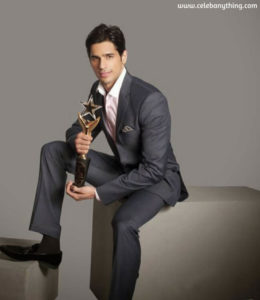 Sidharth Malhotra Awards | celebanything.com