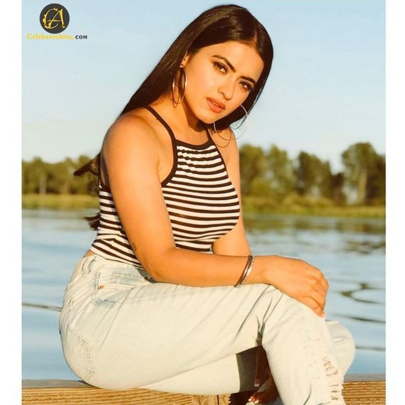 Simi_Chahal_Actress_celebanything